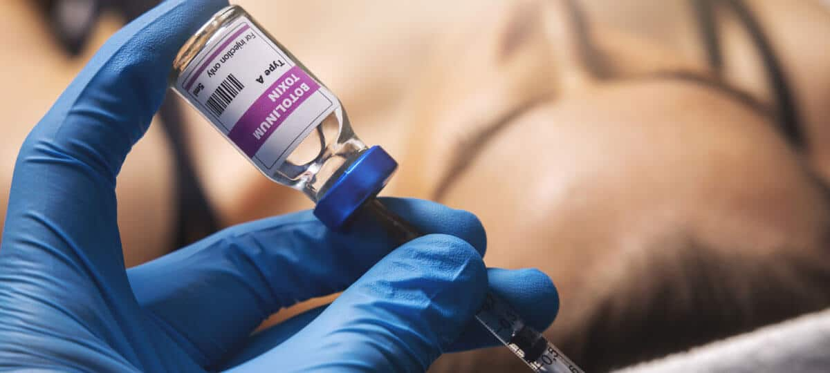 Behandlung mit Botulimumtoxin (Botox) in unserer Berliner Facharztpraxis